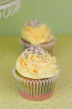 Objetivo: Cupcake Perfecto.: Cupcakes arcoiris con sabor a princesa... (y resul...