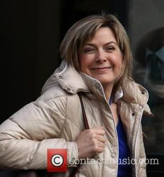 Penny Smith, Tv Presenters, Celebs, Celebrities, The Outsiders, 18th, Actors, Studio, Lady
