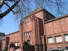 Der Altbau der Mannheimer Kunsthalle im Jugendstil erbaut. Über den linken Flügel ist der Kunsträuber eingestiegen.