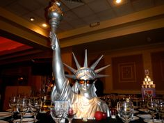 Our Statue of Liberty bust statue is always a hit. Paris Prom Theme, New York Theme Party, Dance Themes, Prom Themes, King Kong Image, Bar Mitzvah Themes, Bat Mitzvah, Florham Park, Prom Decor