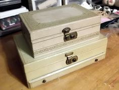 Live a Little Vintage...love thes old jewelry boxes!