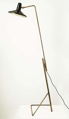 Gino Sarfatti; #1045B Brass and Enameled Metal Floor Lamp, 1948.