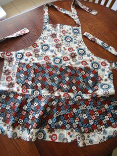 Brown and Cream Flowered Apron by TheRobinNest12 on Etsy, $25.00