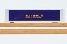 Mit der Lindemann Musicbook:DSD-Serie verpasst der deutsche Hersteller seinen USB-DACs und Netzwerkplayern eine Frischzellenkur inkl. Resampling auf DSD 256 http://www.modernhifi.de/lindemann-musicbook-dsd-160418/