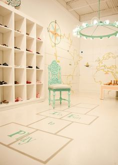 Abracadabra kids concept store by medea skhirtladze for Abracadabra salon