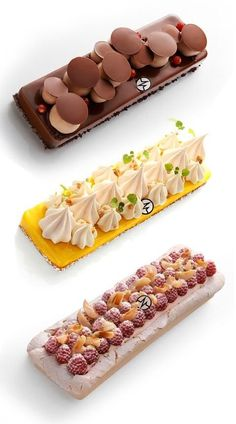 Christophe Michalak Mini Desserts, Elegant Desserts, Plated Desserts, Delicious Desserts, Dessert Recipes, Patisserie Fine, French Patisserie, Weight Watcher Desserts, Decoration Patisserie