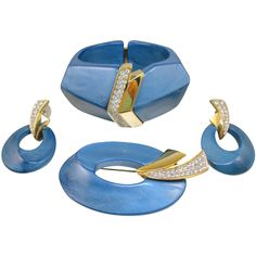 RARE vintage Trifari Kunio Matsumoto bangle, brooch & earrings set in AWESOME condition.  Collector's item