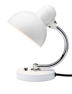 http://www.romtilrom.no/vareutvalg/belysning/kaiser-idell-lille-bordlampe/