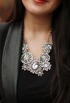 Crystal glam brooch inspired necklace http://rstyle.me/n/dqxjrnyg6