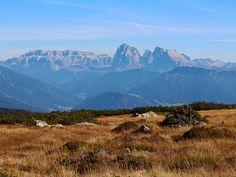 Villanderer Alm: Wanderung zum Totenkirchl und Totensee (leicht)