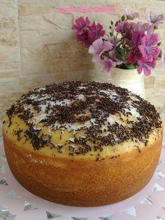 Bizcocho de limón con altura de vértigo Mini Croissants, Almond Cakes, Flan, Tapas, Cake Recipes, Cheesecake, Food And Drink, Pudding, Bread