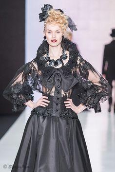 SLAVA ZAITSEV коллекция «Ноктюрн» Modern Gothic, Modern Fashion, Illustrations, Russia, Dress Up, Glamour, Fashion Outfits, Black And White, Blouse