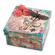 Dragonfly Vine Keepsake Box ~ What a great idea for Summer Birthday Girls ~ Mixed Media Boxes, Altered Cigar Boxes, Paper Mache Boxes, Arts And Crafts, Paper Crafts, Decoupage Vintage, Pretty Box, Craft Box, Little Boxes