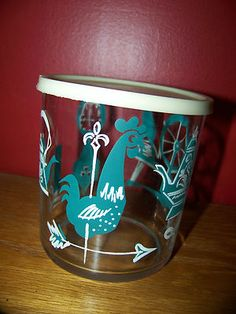 Vintage Hazel Atlas Sour Cream/Cottage Cheese Glass Jar with Lid This would be so cute with my pyrex butterprint