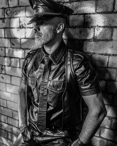 Biker Leather, Leather Men, Leather Jacket, Hot Cops, Lederhosen, Favorite Color, Gay, Europe, Colours