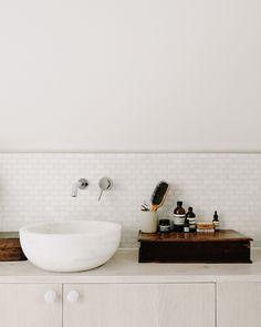 bathroom style | white tiles | sink ideas