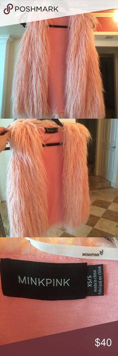 Mink Pink Vest Never worn. MINKPINK Tops Tees - Short Sleeve