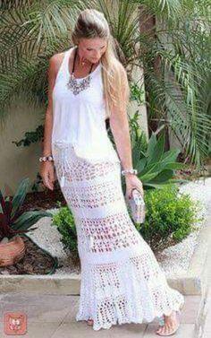 Outfit para playa con falda tejida