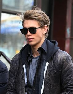"""Austin Butler cast as Michael """"Mike"""" Anderson, human experiment number 417"""