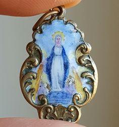 Antique French Enamel Blessed Virgin Mary Medal Art Nouveau Pendant Catholic Jewelry Religious Jewelry  Blessed Mother Virgin Mary Porcelain by PinyolBoiVintage on Etsy