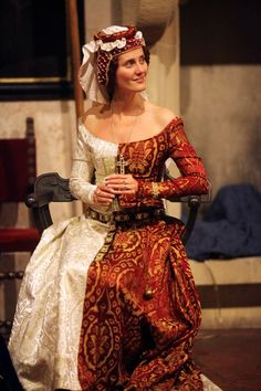 gothic dress around 1350