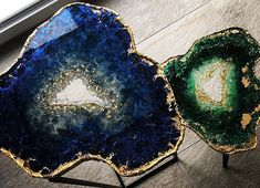 resin geode table small  ||  artist creates geode art out of resin