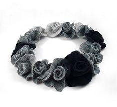 SilkyFelted Necklace / Collar Silver von filcant auf Etsy