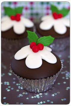 Figgy Pudding Cupcakes