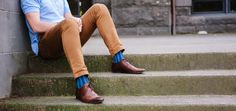 Get the latest trend in men's fashion from www.rockmysocks.com. Great range of patterned and coloured men's socks. fabulous designs to inspire your wardrobe. Weekday with a suit or weekend with chino's and leather kicks. Pictured - Blue Houndstooth Sock
