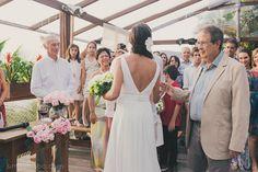 Marina + Fernando | Customised Veronica Lake wedding dress by A MODISTA atelier |  Ilhabela . SP . Brazil | Photos Simone Lobo