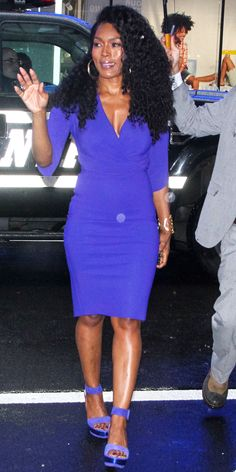 Angela Bassett wore a purple wrap dress and coordinating heels for a NYC outing. Source by ins : Angela Bassett wore a purple wrap dress and coordinating heels for a NYC outing. Source by instyle women clothes Dope Swag Outfits, Emo Outfits, Disney Outfits, Angela Bassett, Black Actresses, Purple Outfits, Black Celebrities, Iconic Women, Celebrity Look