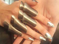 Chrome Manicure Nail Wraps Create the Coolest Mirror Manicure