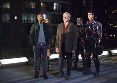 DC's Legends of Tomorrow 1x01