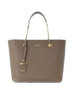 3c3647de0d DKNY Borsa Shopping A Spalla Dkny In Pelle Saffiano Beige Sabbia.  dkny   bags