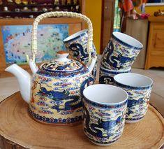 Conjunto de Porcelana Chinesa - Bule e 6 Copos para Chá - Amarelo com Dragão e Cintamani