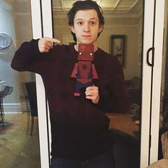❤️Tom Holland as spiderman in Captain America:Civil War