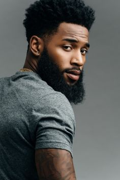 Beard Styles 600104719078359697 - Coiffure afro homme 2019 Source by samirstenka Fine Black Men, Gorgeous Black Men, Handsome Black Men, Beautiful Men, Black Man, Black Boys, Gorgeous Guys, Fine Men, Black Men Haircuts