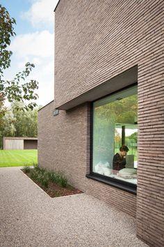 Modern brick house, brick house designs, brick building, building a hou Modern Brick House, Brick House Designs, Brick Design, Brick Architecture, Architecture Details, Brick Building, Building A House, Brick Detail, Brickwork