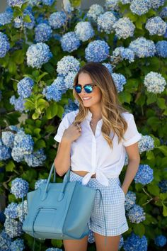 howtoweargingham20 Cute gingham shorts and white top