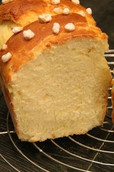 Brioche with mascarpone - Pripri& cuisine and travels - - Bread Recipes, Cake Recipes, Cooking Recipes, Croissants, Mascarpone Dessert, Kolaci I Torte, Masterchef, Bread And Pastries, Food Cakes