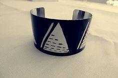 Martinuska / Bielo čierny Handmade Bracelets, Cuff Bracelets, Jewelry, Jewlery, Jewerly, Schmuck, Jewels, Jewelery, Fine Jewelry