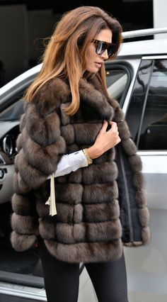 Shared by Eugenia. Find images and videos on We Heart It - the app to get lost in what you love. Fur Coat Outfit, Fur Coat Fashion, Sable Fur Coat, Fabulous Furs, Dior Couture, Fur Jacket, Fashion Outfits, Womens Fashion, Coats For Women