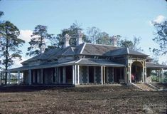 Smithfield Homestead, Toowoomba, Slides by Allan Webb, Collection of the Centre for the Government of Queensland Style At Home, Australian Country Houses, Australian Bush, Australia House, Western Australia, Homestead House, Australian Architecture, Roof Structure, Queenslander