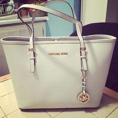 Michael Kors Handbags Save 40-70% on KORS Michael Kors! #Michael #Kors #Handbags