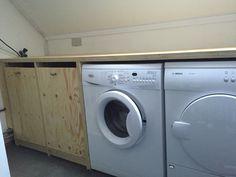 Wasmachine meubel van underlayment.