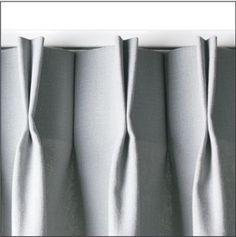 Gordijnen voor de slaapkamer. Grijs met een lichte zilveren glans ...