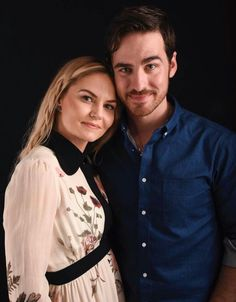 Jennifer Morrison & Colin ODonoghue in TVLine Once Upon A Time Comic-Con 2016 Portraits Captain Swan, Captain Hook, Colin O'donoghue, Jennifer Morrison, Once Upon A Time, Ouat Cast, Hook And Emma, San Diego Comic Con, Look At You