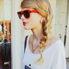 Wish I had long hair, obsessed with braids right now!