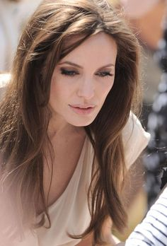WHEN YOU CAN SEE MY HEART PAST THE OUTER SHELL..... THEN YOU REACH THE TRUTH OF WHO I AM....... IT IS VISIBLE IM ALL I DO BUT YOU HAVE TO PAY ATTENTION OR IT WILL PASS YOU BY......Angelina Jolie