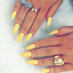 80 + Schöne bunte Nail Design-Ideen für Spring Nails 2018 – ~N A I L S A N D R I N G S~, You can collect images you discovered organize them, add your own ideas to your collections and share with other people. Bright Nails, Yellow Nails, Acrylic Nails Yellow, Neon Yellow, Colorful Nail Designs, Nail Designs Spring, Colorful Nails, Stylish Nails, Trendy Nails
